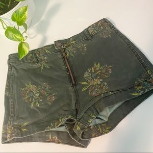 Free People Green Floral High Rise Shorts 29
